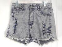MI Jeans Juniors Cut offs Distressed Light Wash Denim Shorts Size 11