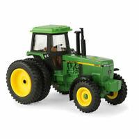 John Deere 4955 Tractor FFA Logo 1:64 Scale DIECAST FARM TOY New ERTL NEW
