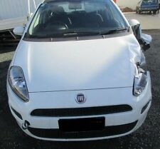FIAT PUNTO 12/2014 1.4L   PETROL Km 51000 ( WRECKING )  1 Bulb