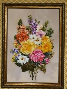 Picture embroidered with ribbons
