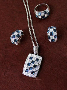 Classical Silver Plated Sapphire Necklace round with Crystals CZ Pendant Set