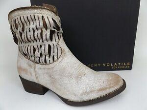 Very Volatile Women's DESOTO White Fashion Ankle Boots SZ 7.5 M, NEW,  17871