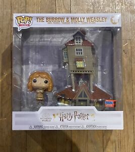 Funko POP Town #16 Harry Potter The Burrow & Molly Weasley NYCC MINT CONDITION