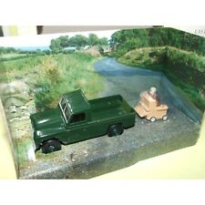 LAND ROVER + FIGURINE Série TV THE LAST OF SUMMER WINE CORGI  CC07403 1:43