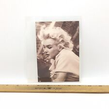 MARILYN MONROE CIGARETTE IN HAND PHOTO Print