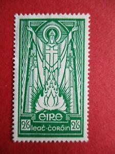 SG102 Ireland 1937 2'6d Emerald Green St Patrick MM / Mounted Mint