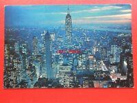 POSTCARD USA NEW YORK EMPIRE STATE BUILDING SKYLINE AT NIGHT