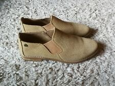 Ladies Suede  Hush Puppies Shoes Size 5