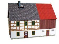 Beckert 04-04-02-TT-B Fachwerkhaus - Erzgebirge mit Stall (Blechdach)