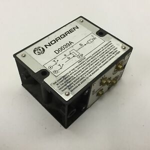 """Norgren D0039A Two-Hand Pneumatic Switch Control Module, 40-120psi, 5/32"""" Tube"""