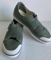 Womens Keen Elsa III Sneakers Green Low Top Elastic Slip On Shoes Size 9.5