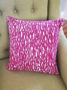 Diane Von Furstenberg DVF Magenta Embordered Pattern Accent Throw Pillow 17x17