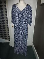 LAURA ASHLEY UK 18 EU 44 BLUE/WHITE FLORAL VISCOSE/RAYON DRESS BNWT