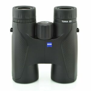 Zeiss  Terra...8 x 42 ED ....Binoculars.....bright and clear...zeiss quality