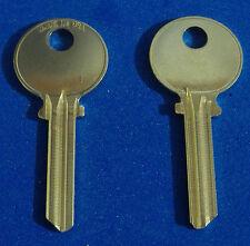TWO KEY BLANKS FIT MEDECO LOCKS ILCO #1542 NICKEL SILVER LEVEL 1 5-PIN USA