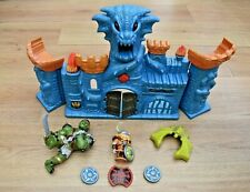 CASTLE PLAY SET WITH FANTASY DRAGON OGRE FIGURES + LIGHTS & SOUND