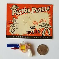 Pistol Vintage 1950s Uk Peter Pan Plastic Keychain Puzzle With Original Card