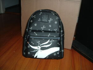 BIOWORLD NIGHTMARE BEFORE CHRISTMAS ZERO MINI BACKPACK~ WITH TAGS~ NEW~ GLOWS~