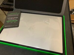"RB Razer Blade 15 LAPTOP 15.6"" 144hz i7-8750H 16GB 512GB SSD GTX1060 6GB MERCURY"