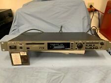 Sony Mds-E10 Minidisc Player. Works and Sounds Great!