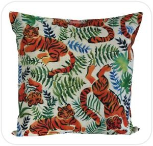 """Feature Cushion Cover - 45cm Square - Tigers - Kushun Brand - 18"""""""