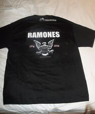 RAMONES vintage 30th anniversary T-SHIRT size XL New old stock 2004 with Tags