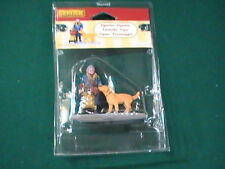 Lemax Lady with Dog  #32153 Train/Village Figures - Brand NEW in Pkg