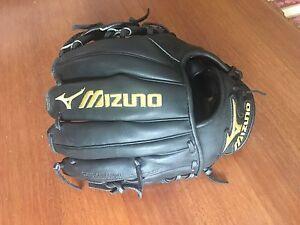 Mizuno Pro Baseball Glove - Black