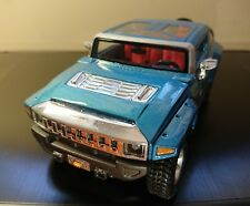 Maisto 1:24 Hummer HX Concept diecast model car.