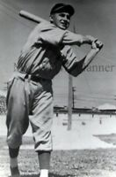 Vintage Photo 32 - Cincinnati Reds - Arnie Moser
