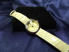 Woman's Andre Francois Watch ** Nice Piece** B19-570