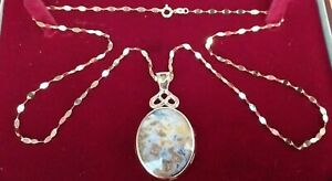 """9ct Gold Blue Agate Pendant  375 Fully  Hallmarked & 9ct Gold 23"""" Necklace Chain"""