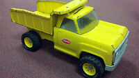 TONKA Dump Truck, Older Style, Very Nice Condition, Early 1970's