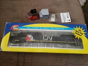 Athearn RTR Canadian National Dash 9 With Kaslo Cab