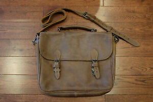 Roots Canada Small School Bag in Brown Tribe Leather