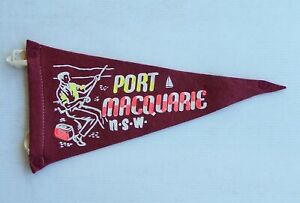 VINTAGE PORT MACQUARIE NSW AUSTRALIA SOUVENIR PENNANT FELT CLOTH WALL FLAG