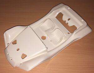 Tamiya 58024 Sand Rover/2011/Street Rover, 9335613/19335613 Body Shell, NEW