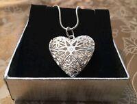 925 Sterling Silver Plated Vintage Heart Photo Frame Locket pendant & Necklace