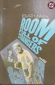 BATMAN: ROOM FULL OF STRANGER di Scott Morse - Play Press (2005)
