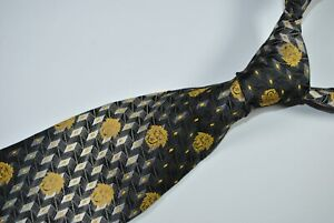 GIANNI VERSACE MEDUSA Tie MADE IN ITALY 100% Silk Gold/Black Color L57 W3.7