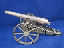 Marklin field cannon, spring loaded Tin barrel & carriage, cast iron wheels