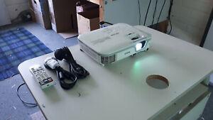 Epson EB-X11 data Projector