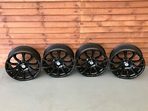 Icw alloy wheels, Ford Focus ST 18 5x108 Volvo Peugeot Renault spyder rims