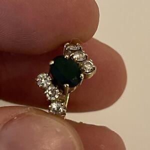 9ct Solid Yellow Gold Green Emerald Size N Hallmark