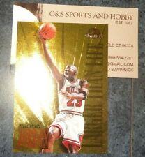 Michael Jordan 1995-96 Skybox Premium - Larger Than Life L1 Gold Foil