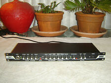 BBE Sound 381, Guitar Preamp, 2 Channels with Equalizers, Vintage Rack