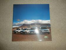 Land Rover Brochure 2002 ..  all models . Mint
