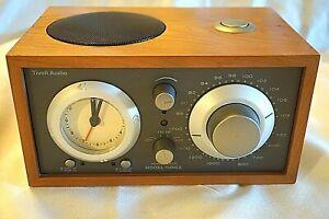 TIVOLI AUDIO HENRY KLOSS MODEL THREE AM/FM CLOCK RADIO CHERRY WOOD With GREY