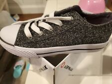 Airwalk Girls' Legacee Gray/Silver Canvas Lace-Up Sneakers Shoes Size 2 1/2