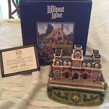 "Wdcc Lilliput Lane - Railroad Station ""Memories of the Magic Kingdom"" Figurine"